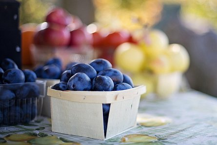 Autumn (plum) markets