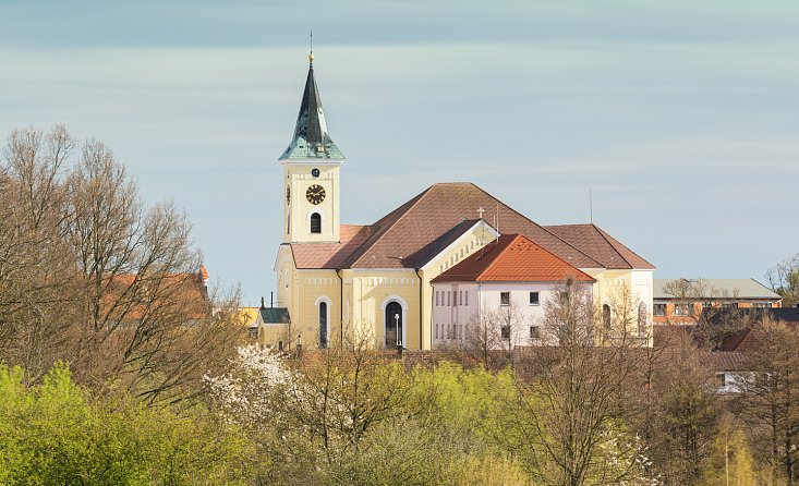 Church of St. Wenceslas in Lišov