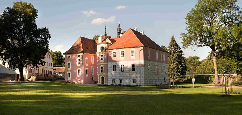 South Bohemia - The Pearl of irregular shape - Baroque Castles